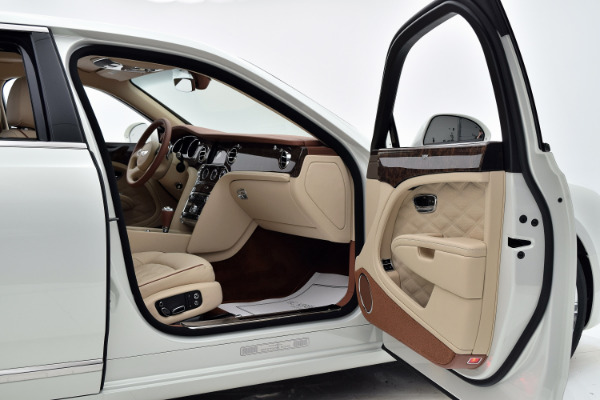 Bentley Mulsanne 2019 For Sale $366195 Stock Number 19BE114 10634_p25