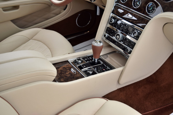 Bentley Mulsanne 2019 For Sale $366195 Stock Number 19BE114 10634_p29