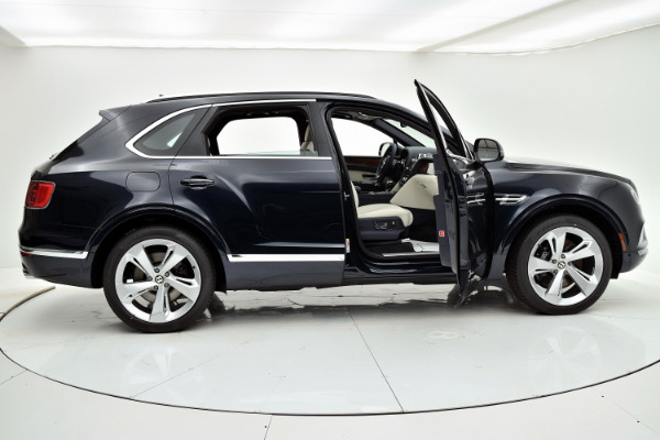 Bentley Bentayga 2019  For Sale Call For Price  Stock Number 19BE119 10930_p24