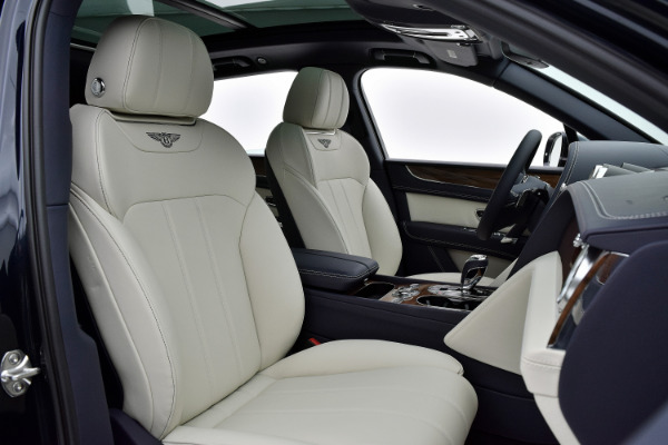 Bentley Bentayga 2019  For Sale Call For Price  Stock Number 19BE119 10930_p30