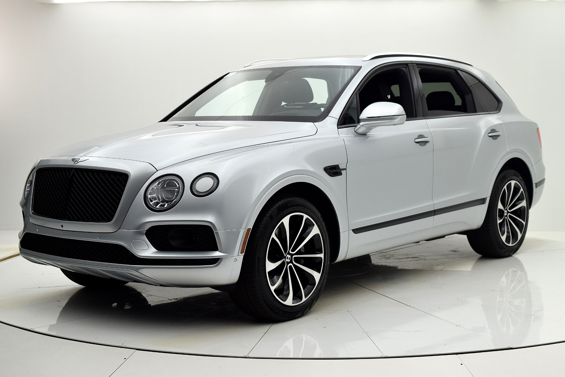 Bentley Bentayga 2018 For Sale $179880 Stock Number 19L102AJI