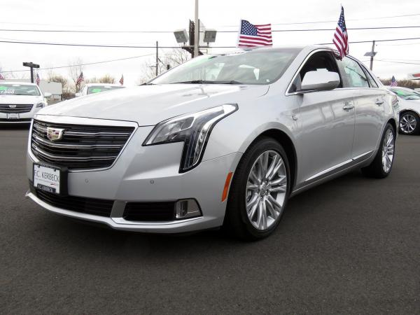 Used 2018 Cadillac XTS Luxury for sale $35,040 at F.C. Kerbeck Bentley Palmyra N.J. in Palmyra NJ 08065 4