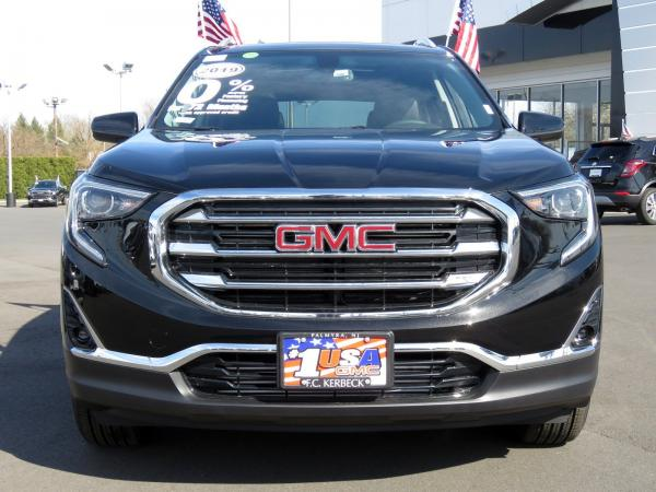 New 2019 GMC Terrain SLT for sale $38,660 at F.C. Kerbeck Bentley Palmyra N.J. in Palmyra NJ 08065 3