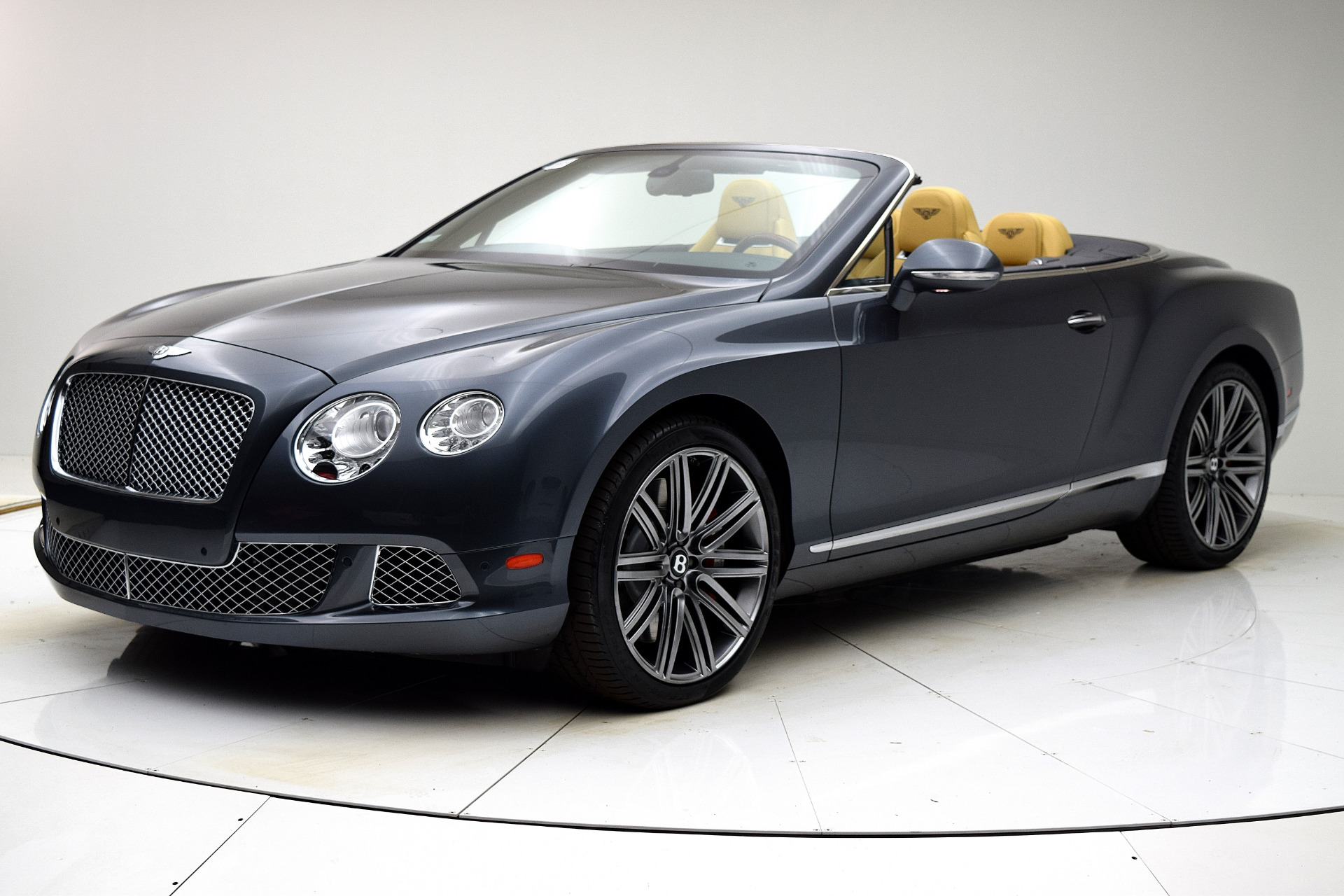 Used 2013 Bentley Continental GT W12 Convertible for sale Sold at F.C. Kerbeck Bentley Palmyra N.J. in Palmyra NJ 08065 2