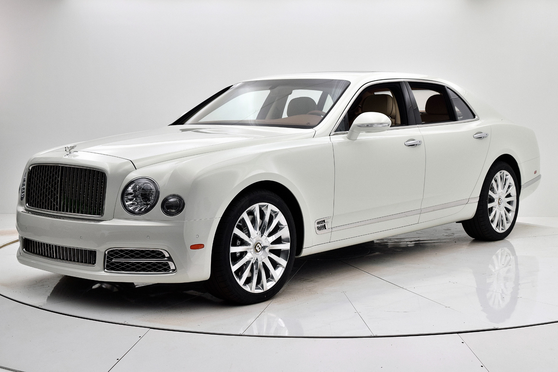 New 2020 Bentley Mulsanne for sale $371,245 at Bentley Palmyra N.J. in Palmyra NJ 08065 2