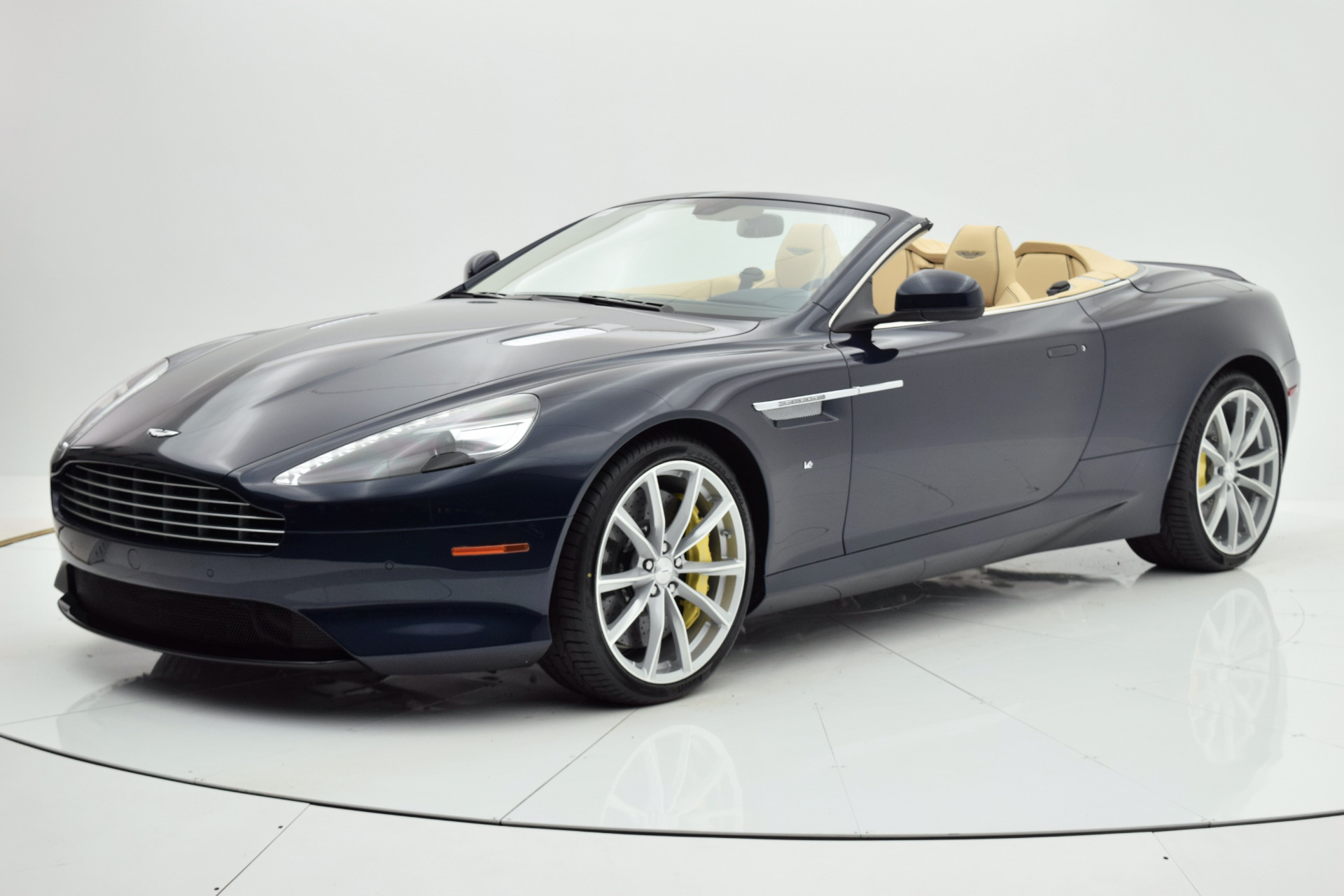 Used 2016 Aston Martin DB9 Volante for sale Sold at F.C. Kerbeck Bentley Palmyra N.J. in Palmyra NJ 08065 2