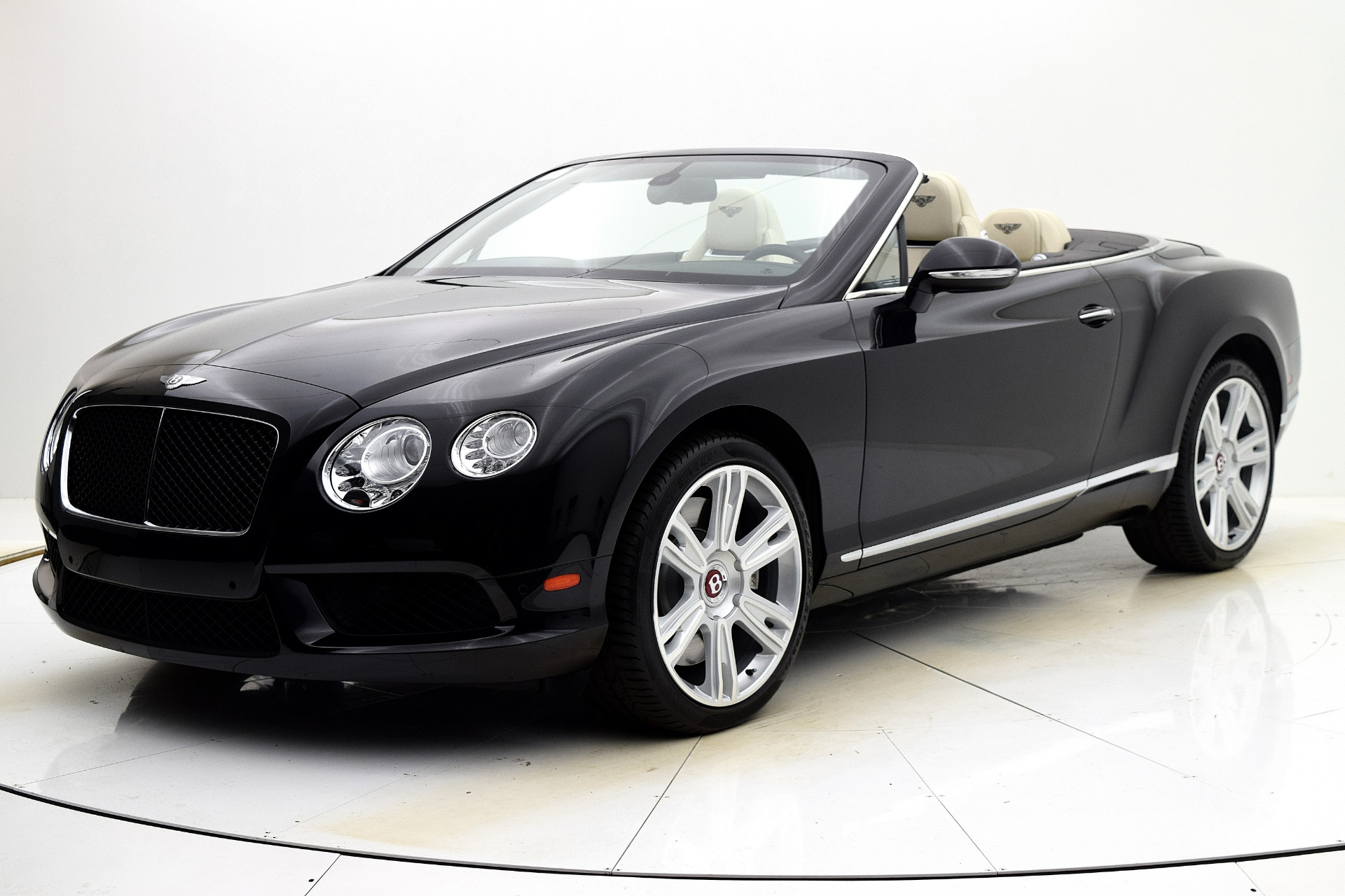 Used 2014 Bentley Continental GT V8 Convertible for sale Sold at Bentley Palmyra N.J. in Palmyra NJ 08065 2