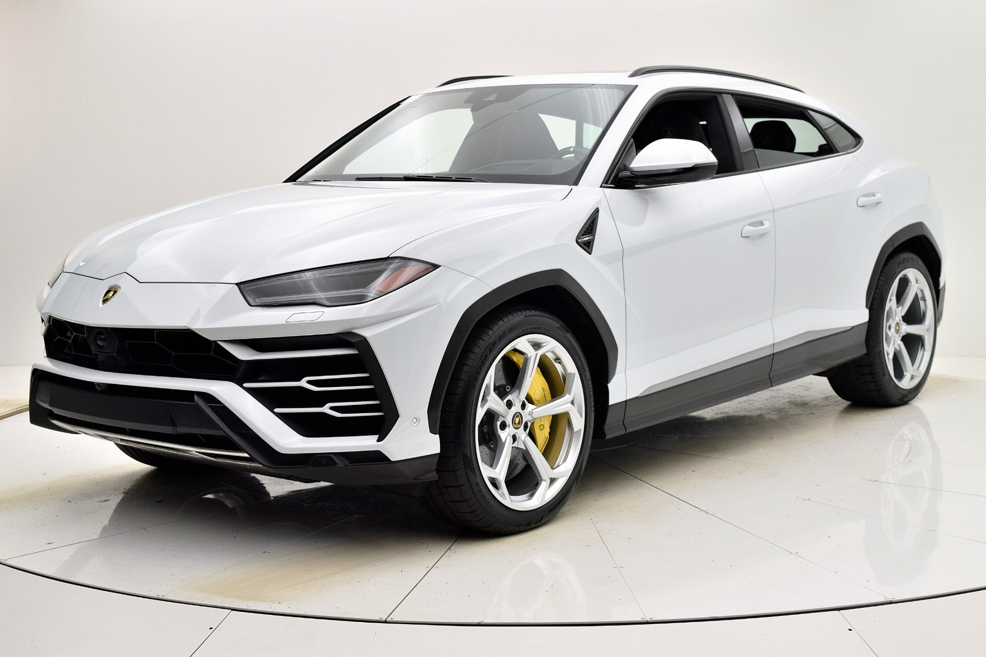 Used 2020 Lamborghini Urus for sale $259,880 at Bentley Palmyra N.J. in Palmyra NJ 08065 2
