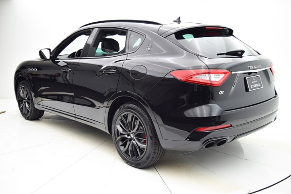 Used 2018 Maserati Levante for sale Sold at Bentley Palmyra N.J. in Palmyra NJ 08065 4