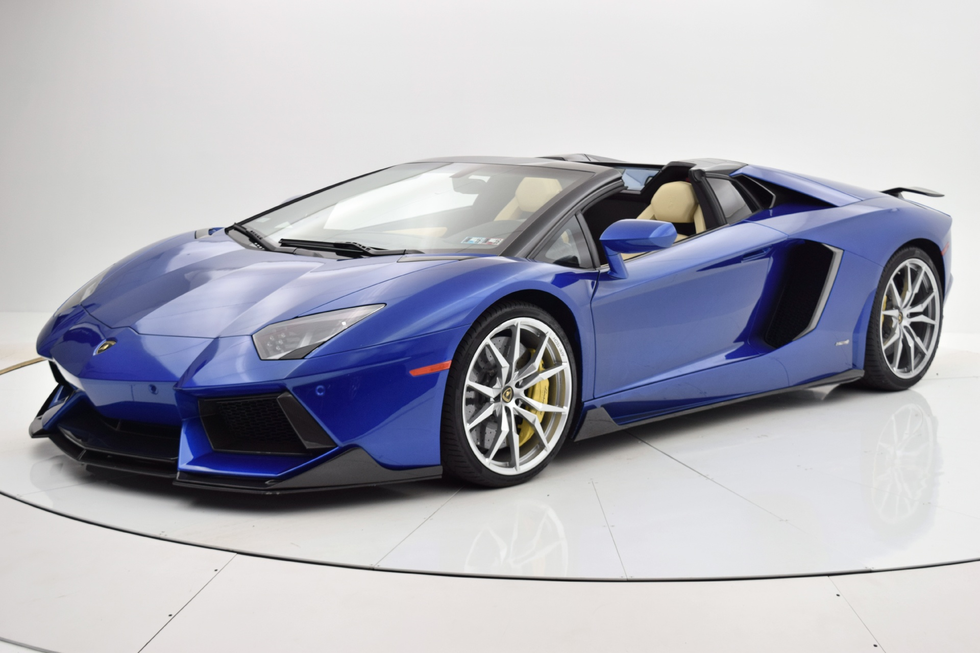 Used 2014 Lamborghini Aventador Roadster for sale Sold at F.C. Kerbeck Bentley Palmyra N.J. in Palmyra NJ 08065 2