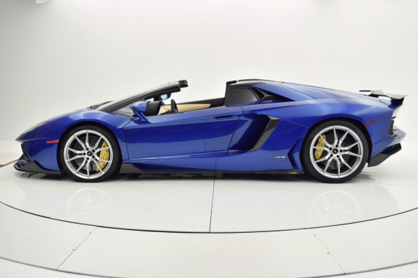 Used 2014 Lamborghini Aventador Roadster for sale Sold at F.C. Kerbeck Bentley Palmyra N.J. in Palmyra NJ 08065 3