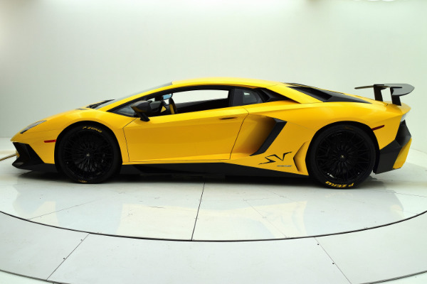 Used 2016 Lamborghini Aventador LP 750-4 Superveloce Coupe for sale Sold at Bentley Palmyra N.J. in Palmyra NJ 08065 3