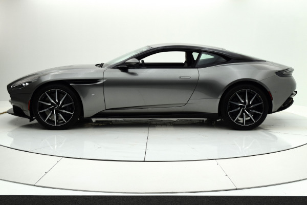 Used 2018 Aston Martin DB11 V12 Coupe for sale $164,880 at Bentley Palmyra N.J. in Palmyra NJ 08065 3