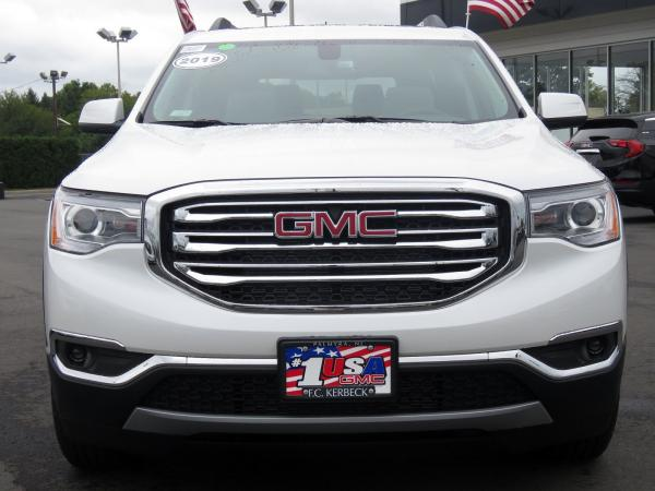 New 2019 GMC Acadia SLT for sale $43,365 at F.C. Kerbeck Bentley Palmyra N.J. in Palmyra NJ 08065 3
